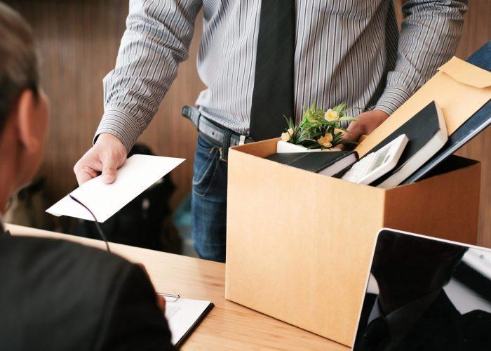 Business,Man,Sending,Resignation,Letter,To,Boss,And,Holding,Stuff